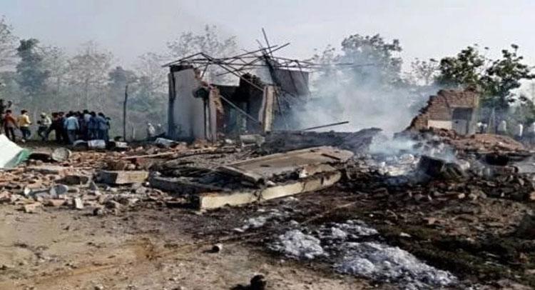 मध्य प्रदेश में पटाखा फैक्टरी में विस्फोट, 25 की मौत