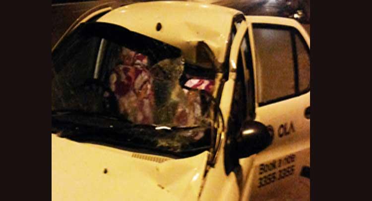 हड़ताल के नाम पर ऑटो-टैक्सी चालकों की गुंडागर्दी, कई टैक्सियों में की तोडफ़ोड़