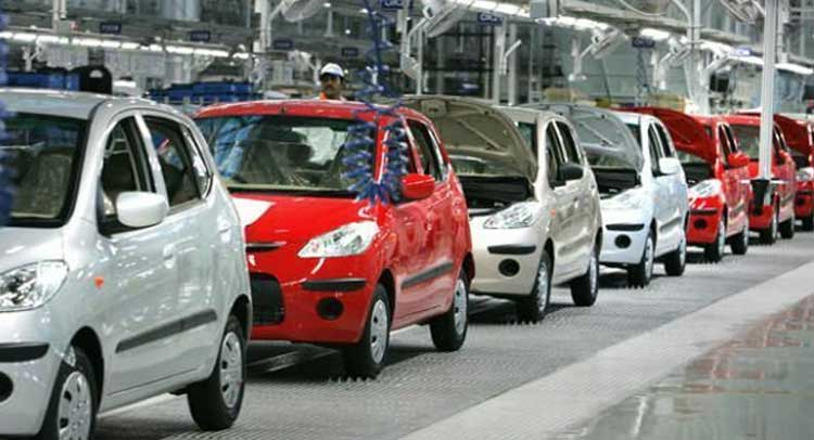 कारों की बिक्री 5.18 प्रतिशत गिरी, मोटरसाइकिल की बिक्री बढ़ी