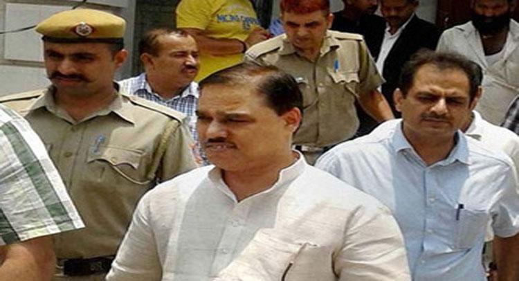 AAP के पूर्व मंत्री  जितेंद्र तोमर की सदस्यता रद्द करने की मांग