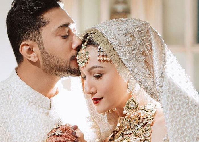 जैद दरबार की हुई गौहर खान, देखें शादी की कुछ Inside Pics