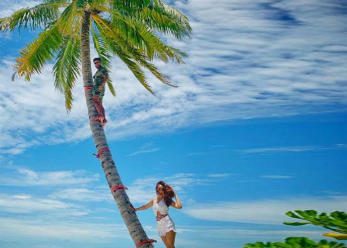 मालदीव में छुट्टियां मना रहीं हैं सुरभि ज्योति, सामने आईं तस्वीरें