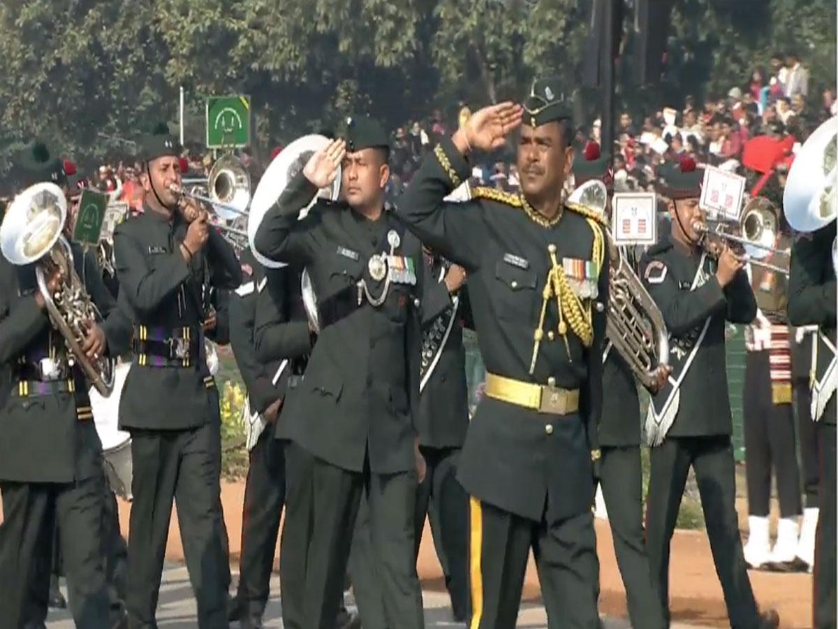 राजपथ पर दिखा सेना का अदम्य साहस