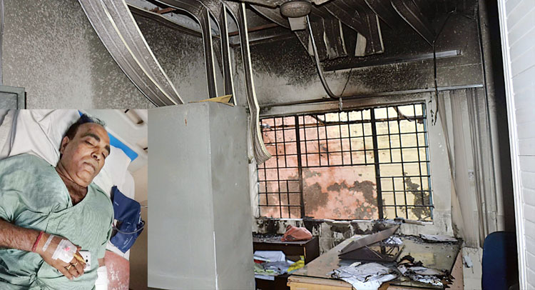 प्राधिकरण कार्यालय में आग, कुर्सियां व फाइलें खाक