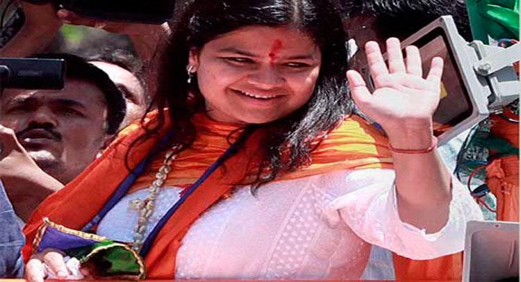 पूनम महाजन को मिल सकता है BJP में बड़ा पद!