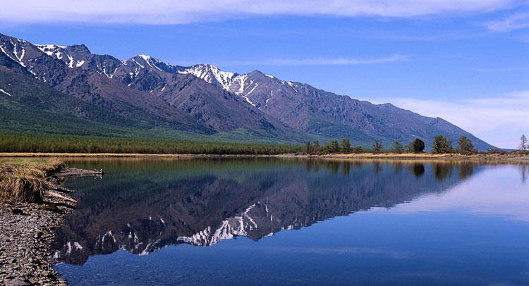 यह है दुनिया की सबसे गहरी मीठे पानी की झील, पढ़ें -  it-is-the-worlds-deepest-freshwater-lake
