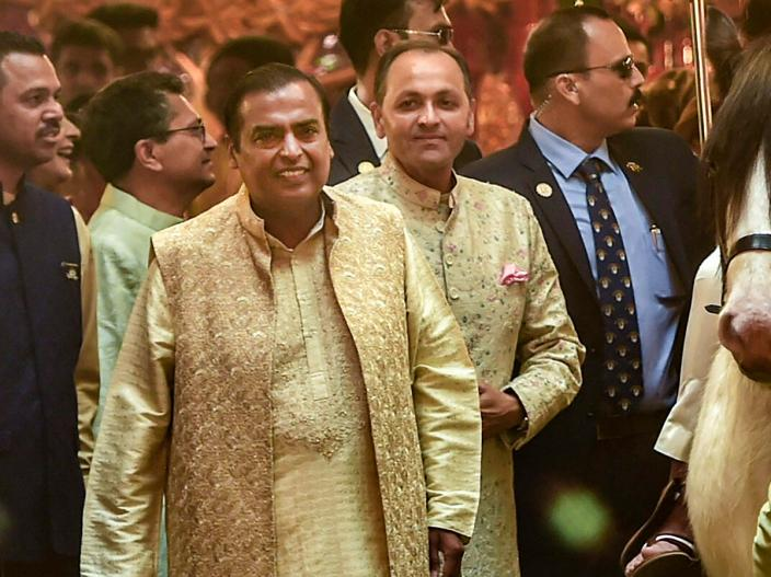 दुनिया की सबसे महंगी शादियों के क्लब में शामिल होगी ईशा-पिरामल की शादी