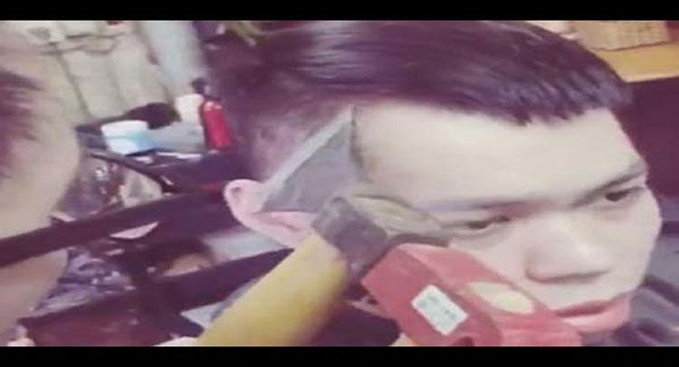 Video: इस नाई से बाल कटवाने के लिए चाहिए बड़ा जिगरा, करता है कुल्हाड़ी का इस्तेमाल