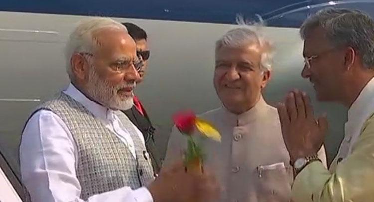 2 दिन के उत्तराखंड दौरे पर PM मोदी, प्रशासनिक कार्यक्रमों में लिया हिस्सा