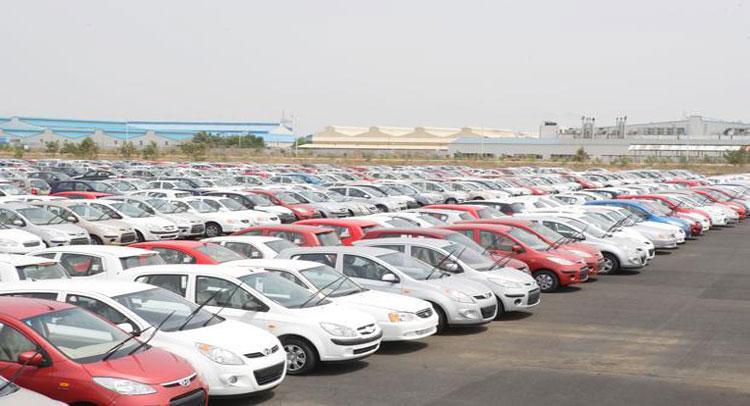 नोटबंदी से ऑटोमोबाइल बाजार को तगड़ा झटका, जानिए कैसे