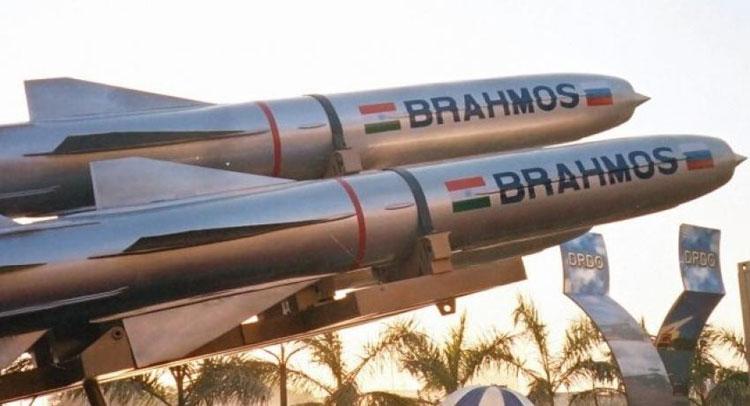 भारत ने पहली बार सुखोई-30 से दागी ब्रह्मोस मिसाइल, देखिए Video