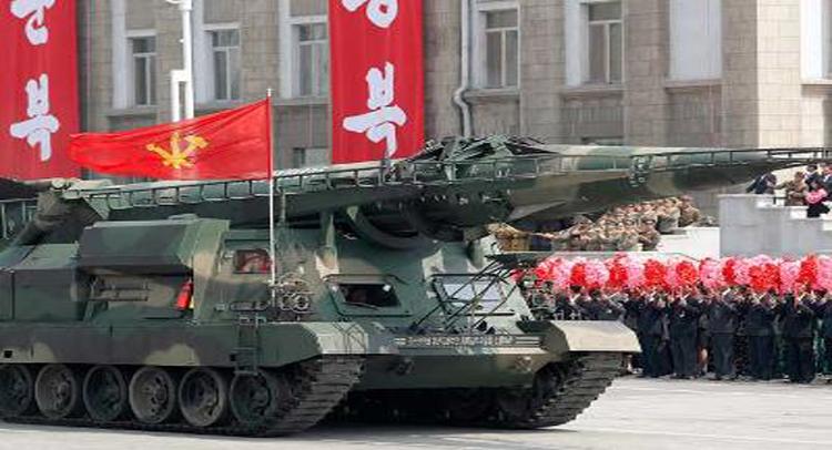 परमाणु युद्ध के लिए तैयार नॉर्थ कोरिया, परेड के बहाने किया शक्ति प्रदर्शन