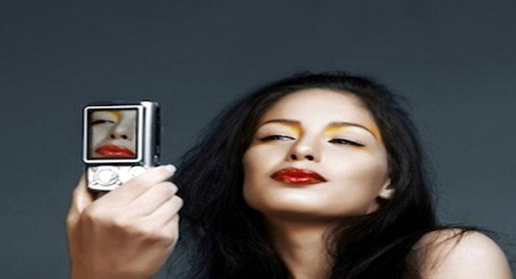 10 मेकअप टिप्स जिससे आपको मिल सकती है परफेक्ट Selfie