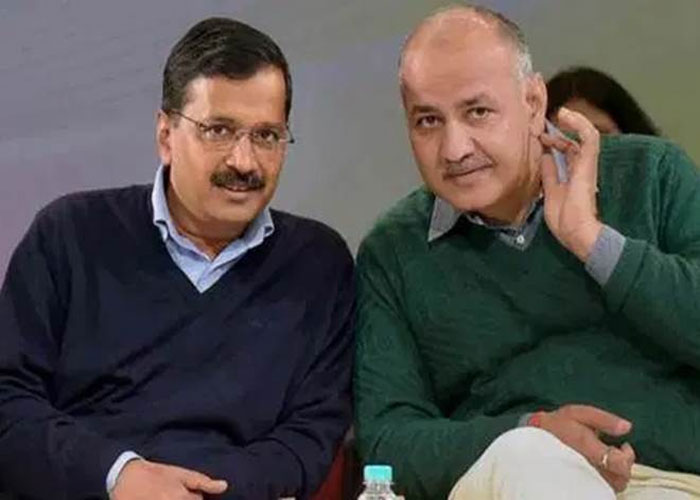 Arvin Kejriwal and manish sisodia in a public rally