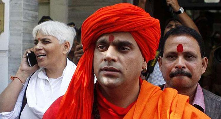 स्वामी चक्रपाणि ने कहा, राममंदिर बनाने में राजनीतिक पार्टियों ने मदद नहीं की तो लड़ेंगे चुनाव