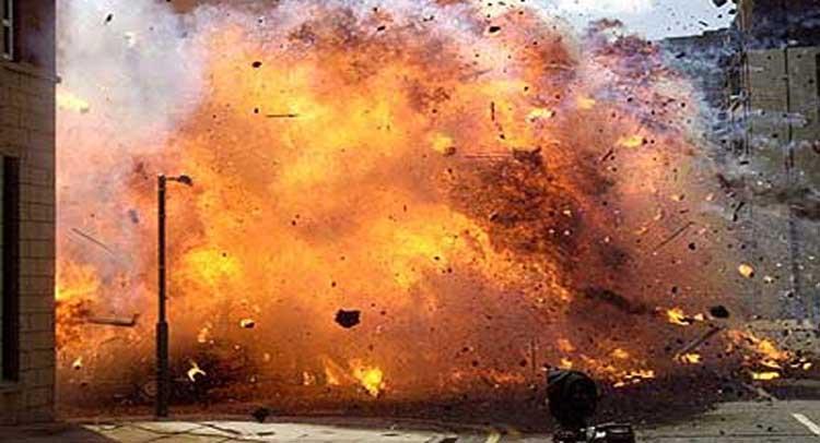 गाजियाबाद: पटाखे के गोदाम में आग लगने से 4 की मौत, 5 घायल