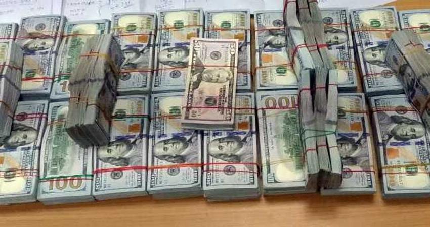 IGI एयरपोर्ट से 5 विदेशी नागरिक गिरफ्तार, बरामद हुए तीन करोड़ से अधिक के यूएस डॉलर