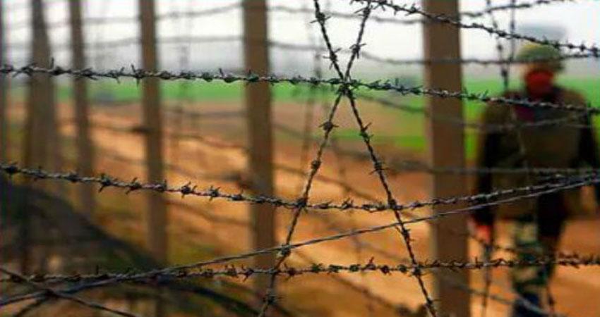 बांग्लादेश सरहद पर स्टील की तार लगाने की परियोजना पर लगा जंग