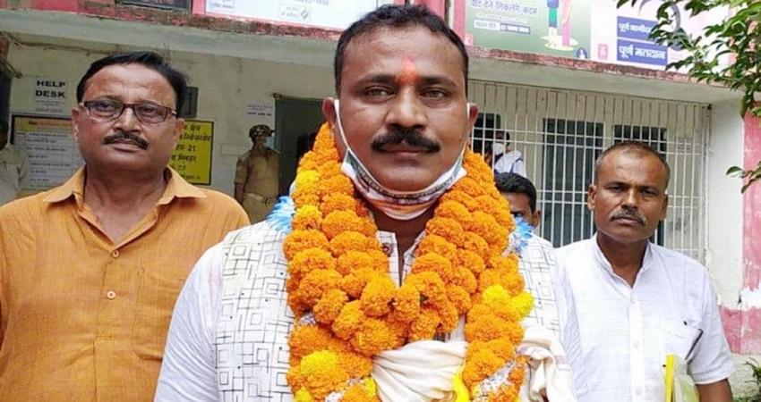 Bihar Election 2020: खूनी खेल शुरू! प्रत्याशी को गोलियों से भूना, हत्यारे की पीट-पीट कर हत्या