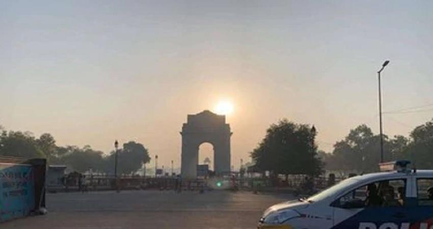 कोरोना का खौफ: 31 मार्च तक दिल्ली बंद, जानें कौन सी सुविधाएं रहेंगी जारी