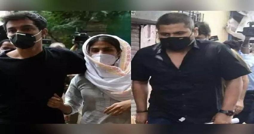सुशांत केस: रिया के देरी से आने के कारणपूरी नहीं हो पाईNCB की जांच, फिर होगी पूछताछ