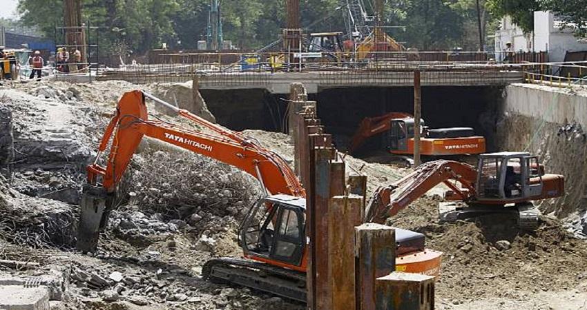 दिल्ली: बढ़ते प्रदूषण पर मेट्रो सख्त, टीम बनाकर किया अभियान शुरू