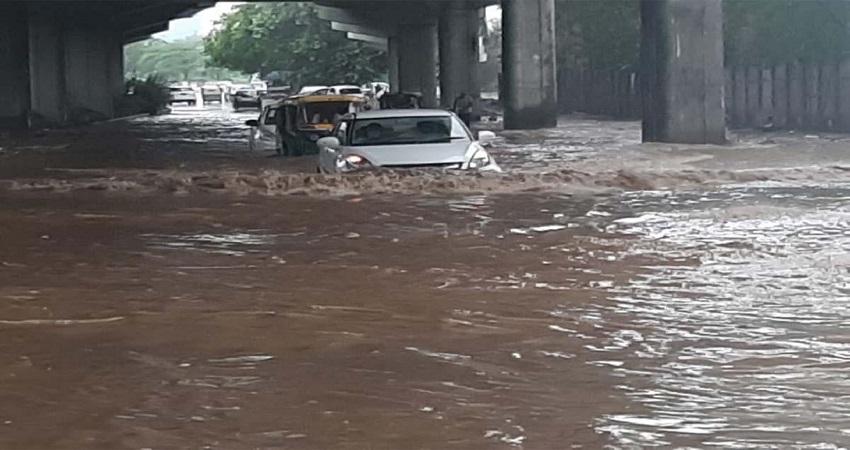 Delhi Waterlogging: अंडरपास पर अब कोई नहीं डूबेगा! तैनात किए गए गोताखोर