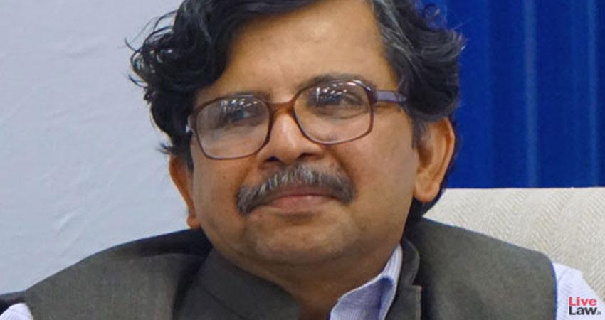 दिल्ली हिंसा मामलों की सुनवाई करने वाले जस्टिस मुरलीधर का तबादला, उठे सवाल