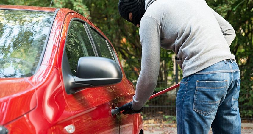 सावधान! लॉकडाउन के बाद भी दिल्ली में रोज 67 वाहन होते हैं चोरी, पढ़ें ये रिपोर्ट