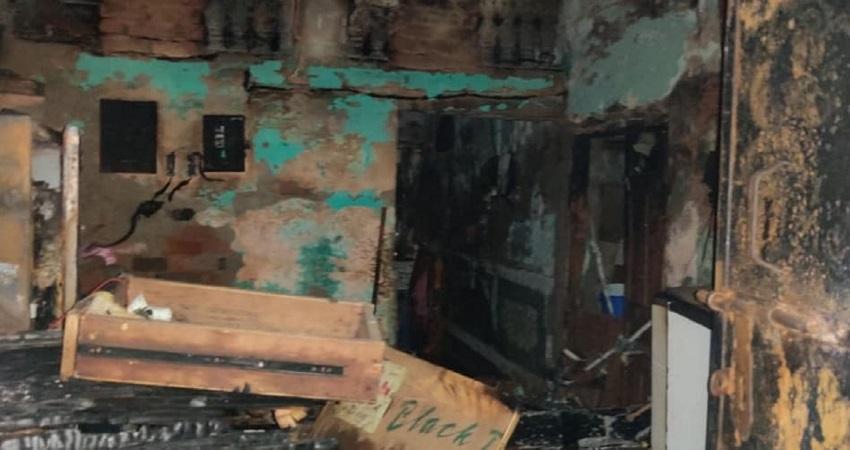दिल्ली: गैस सिलिंडर ब्लास्ट होने से लगी भीषण आग में 4 की मौत, एक घायल