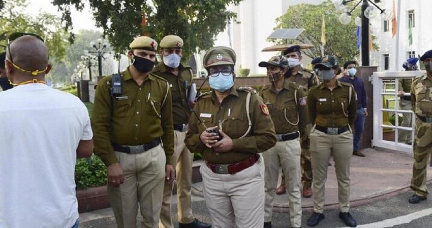 केजरीवाल सरकार ने दिल्ली पुलिस से वापस मांगी DTC बसें, परिहन विभाग को दिए ये निर्देश