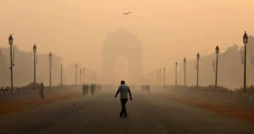 Air Pollution: दिल्ली में आतिशबाजी से बढ़ा प्रदूषण, गंभीर श्रेणी में दर्ज की गई हवा की गुणवत्ता