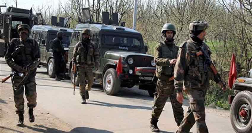 J&K: Pak द्वारा सीमा पर फिलहाल फायरिंग बंद, रातभर चली मुठभेड़ में 1 जवान घायल