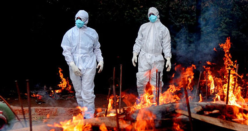 देश में कोरोना संकट बरकरार, 24 घंटे में हुईं 4,000 से अधिक मौत