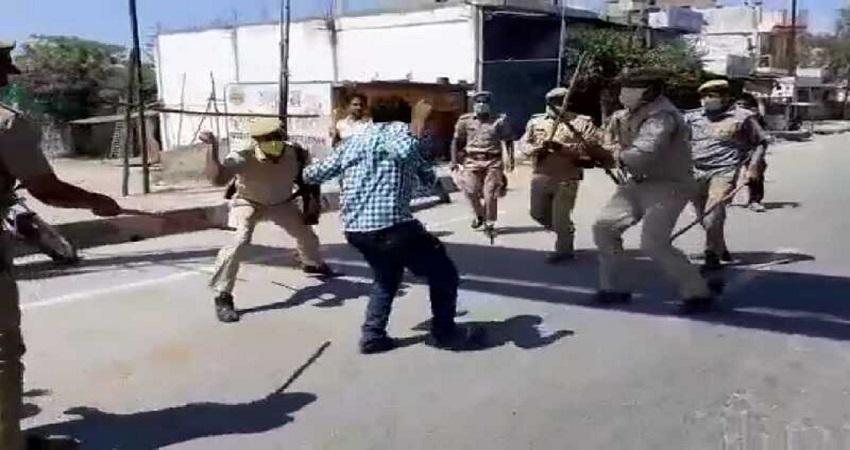 बरेली में लॉकडाउन का पालन कराने गई पुलिस पर पथराव, 200 से ज्यादा लोगों ने किया हमला