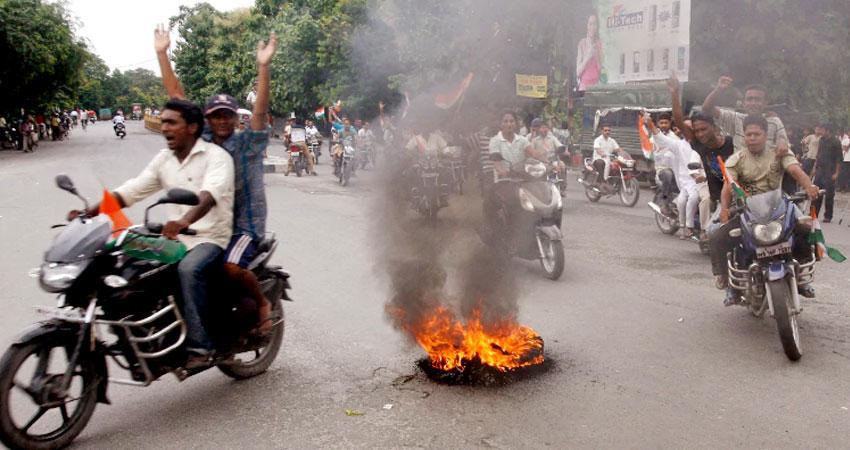 पश्चिम बंगाल में नहीं थम रही हिंसा, बीजेपी और टीएमसी के बीच झड़प में 4 कार्यकर्ताओं की मौत