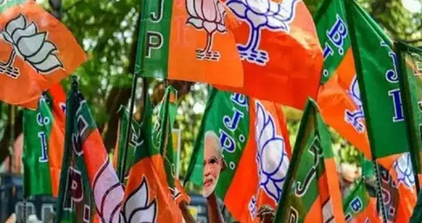UP: AAP के चुनाव लड़ने पर BJP प्रदेश अध्यक्ष ने कहा- ''किसका नाम ले लिया, मूड ऑफ हो गया''