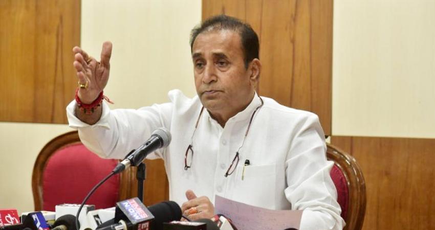 CBI आई, देशमुख गए, 15 दिनों में जांच पूरी करने का आदेश, सुप्रीम कोर्ट जाएगी ठाकरे सरकार