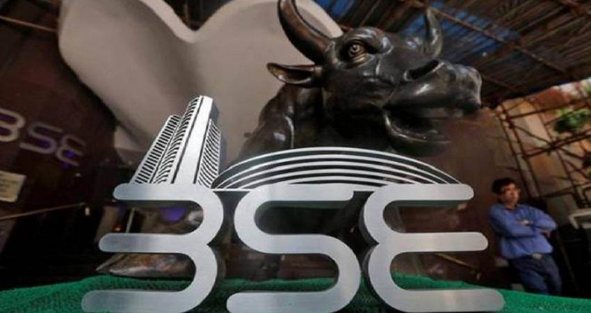 शेयर बाजार में रौनक जारी, सेंसेक्स में 988 अंकों का उछाल और निफ्टी 8980 के पार