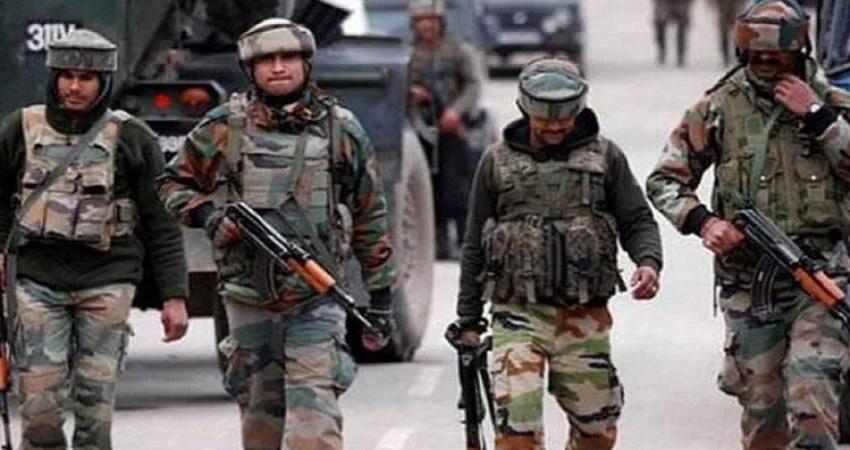 J&K: सेना ने मसूद अजहर के रिश्तेदार फौजी भाई सहित तीन आतंकियों को किया ढेर