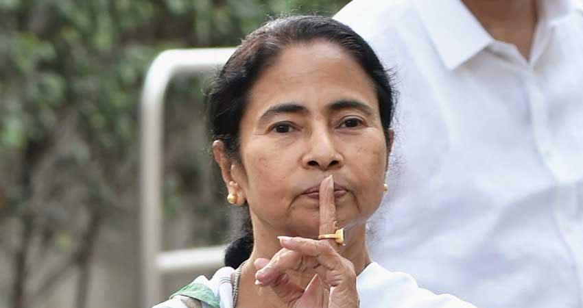बंगाल में ''जयश्री राम'' पर बढ़ी तकरार, अपर्णा सेन ने ममता को दी संयम बरतने की सलाह