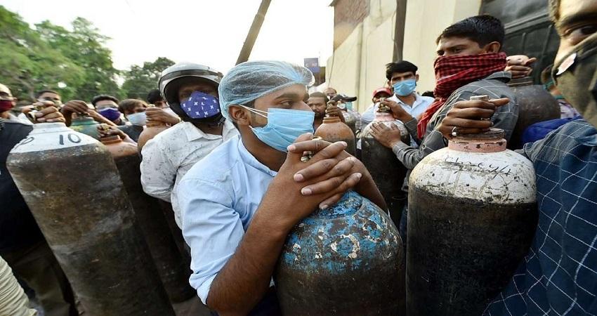 दिल्ली में बेकाबू होते कोरोना को देख AAP MLA शोएब इकबाल ने की राष्ट्रपति शासन की मांग