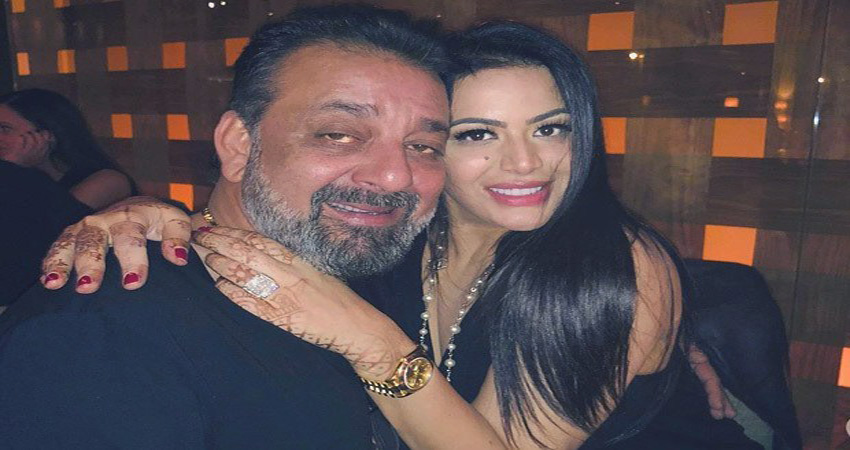 त्रिशाला ने पिता संजय दत्त के Drugs Addiction को लेकर किया यह बड़ा खुलासा