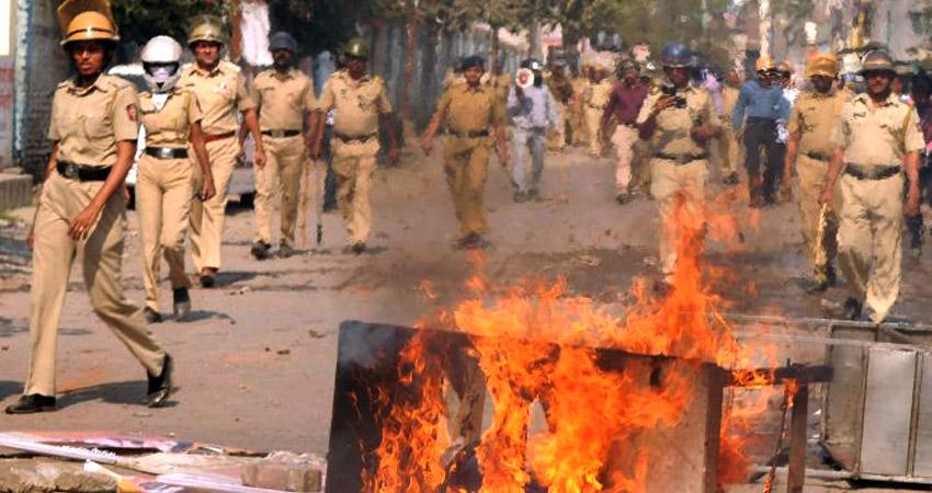 महाराष्ट्रः औरंगाबाद में सांप्रदायिक तनाव, 2 की मौत, इंटरनेट सेवाएं बंद