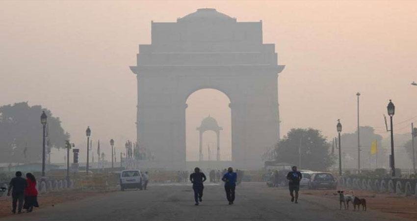लगातार जहरीली हो रही दिल्ली की हवा, ओलावृष्टि भी हुई नाकाम !
