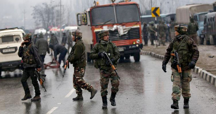 कश्मीरी छात्र ने PUBG से की पुलवामा हमले की तुलना, यूनिवर्सिटी ने उठाया ये कदम