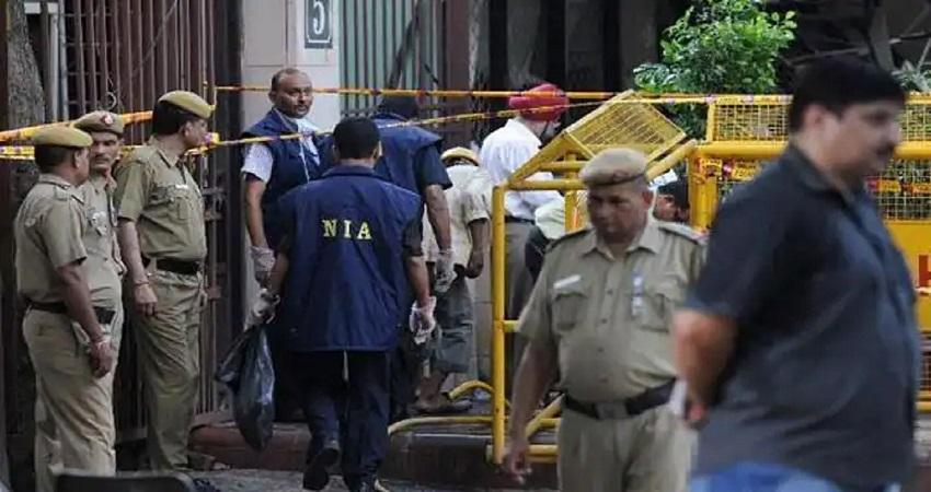 कश्मीर टेरर फंडिंग मामले में NIA ने 5 को किया गिरफ्तार, कई स्थानों पर रेड जारी
