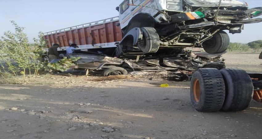 राजस्थान के जोधपुर में ट्रक- जीप में भिड़ंत, 11 लोगों की मौत