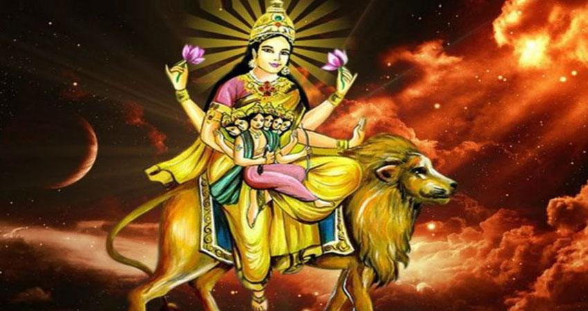 नवरात्रि के पांचवें दिन होती है स्कंदमाता की पूजा, जानें क्या देती वरदान