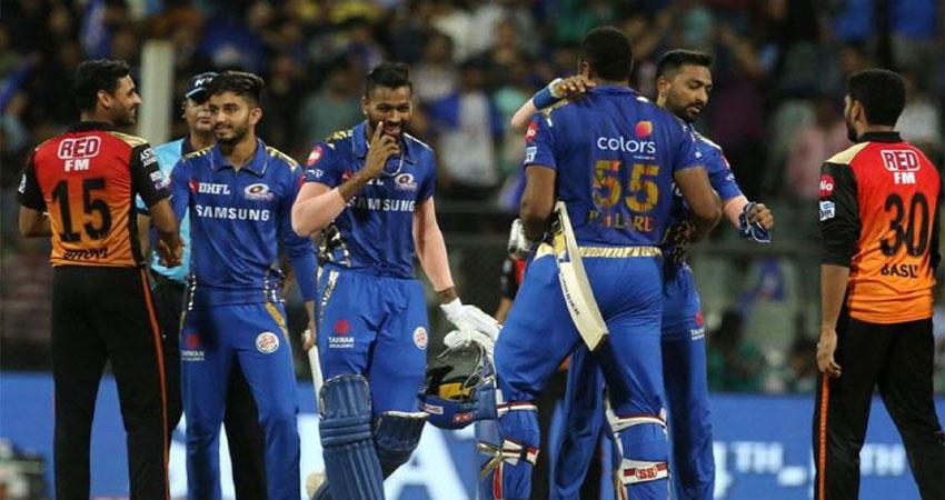 सुपरओवर के रोमांचक मुकाबले में मुंबई ने हैदराबाद को हराकर प्लेऑफ में जगह की पक्की